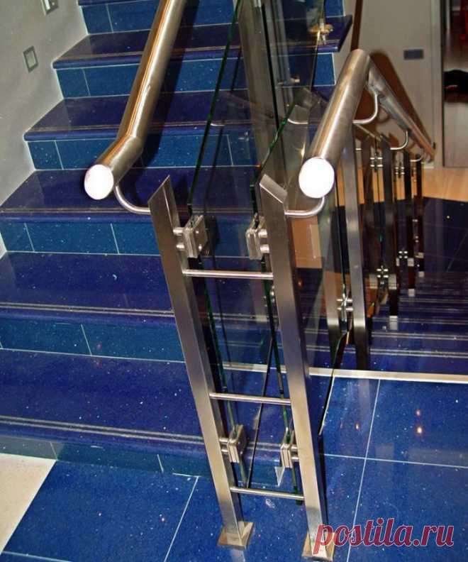 Комбинированные перила со стеклом