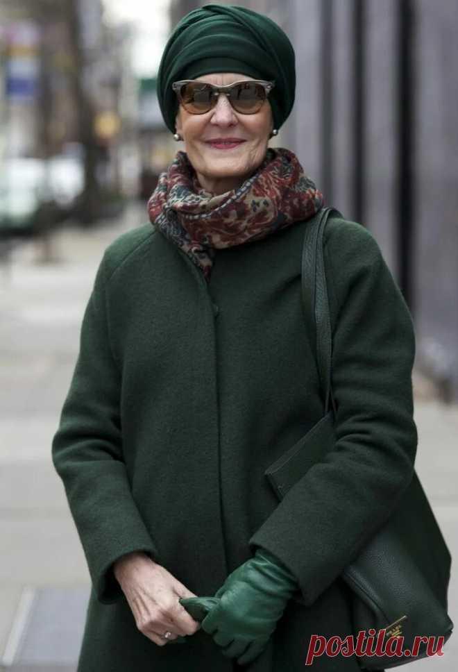 Как выбрать аксессуары, которые должна носить женщина в 60 лет?   Немного за 60   Яндекс Дзен