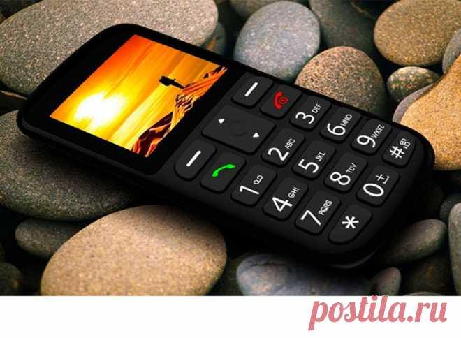 5 причин, почему кнопочные телефоны снова на пике популярности 5 причин, почему кнопочные телефоны вновь набирают популярность, почему люди отдают предпочтение кнопочным устройствам вместо смартфонов в 2020 году