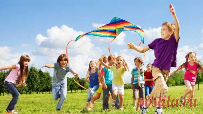 5 причин выбрать традиционный детский летний лагерь Традиционный детский летний лагерь обычно начинается в июне и продолжается до августа. Этот вид отдыха является популярным занятием среди детей всех возрастов,