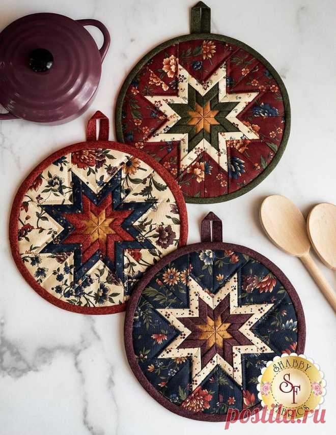 Текстиль для кухни: прихватки, полотенца, дорожка на стол в одном стиле   Я люблю пэчворк   Яндекс Дзен