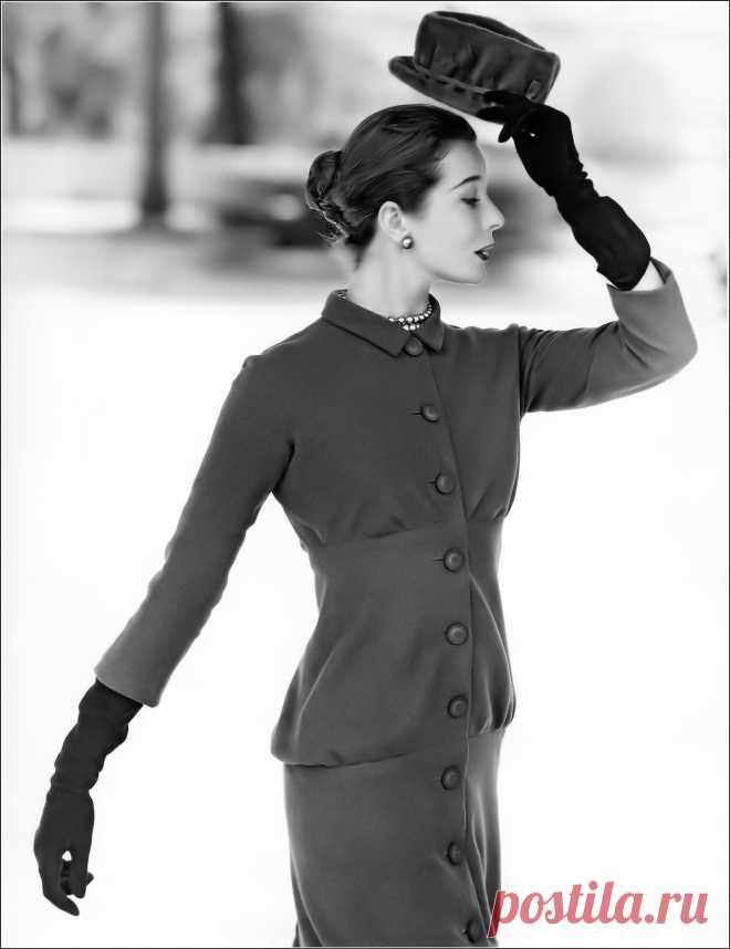 Bettina Graziani, photo by Lionel Kazan, c.1956