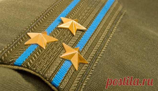 Как в российской армии появились погоны Сегодня они необходимы для идентификации военнослужащего - демонстрируют, к какому роду войск тот относится и в каком состоит звании. Изначально солдаты