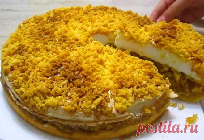 Яблочный пирог по-польски: Рассыпчатое тесто и вкусная начинка Нежнейшая выпечка, у которого песочное рассыпчатое тесто, вкусная яблочная начинка и воздушное...