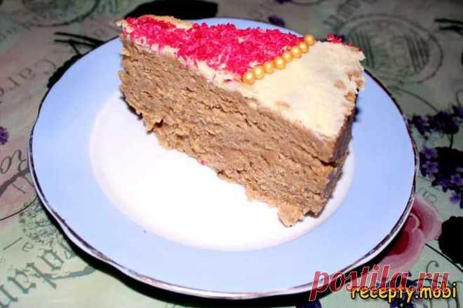 Ореховый торт без выпечки 🤤  ✅Ингредиенты печенье «Юбилейное» - 1 кг; белое сгущенное молоко – 400 г; молоко цельное – 1 ст; белый шоколад – 100 г; масло сливочное - 50 г; сливки – 300 г; орехи грецкие – 1 ст; красная кокосовая стружка – 1 уп; золотой жемчуг – 1 уп.