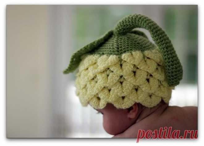 Идеи для творчества. Милейшая шапочка для фотосессии новорожденного. Узор крючком «Крокодилья кожа». Пряжа и инструменты для вязания с доставкой курьером или в пункт выдачи заказа.