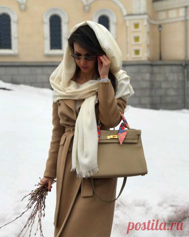 12 секретов, как выглядеть стильно и дорого и не тратить при этом кучу денег Мода и стиль – две волшебные феи, дружба с которыми превращает каждую девушку и женщину в прелестную красавицу.       Мода – дама капризная и крайне изменчива, не каждая представительница прекрасного …