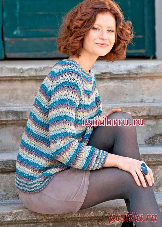 Полосатый пуловер-реглан из смесовой пряжи с пайетками. Вязание крючком