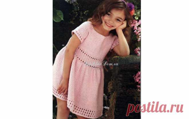 Чудесное платье длядевочки Вязаное спицами чудесное платье для девочки. Описание