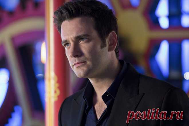 Колин Доннелл (Colin Donnell)