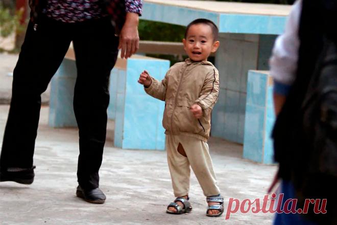Почему китайские дети ходят с дыркой между ног на штанах?   С другого угла   Яндекс Дзен