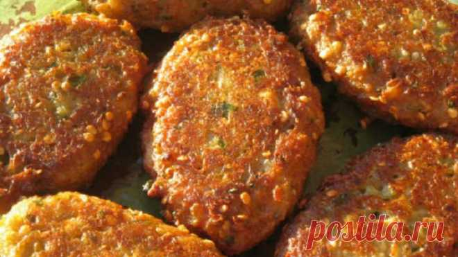 How to make eggplants cutlets: fragrant and very nourishing dish.