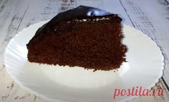 Шоколадный Пирог Простой Рецепт за 5 Минут Приготовим шоколадный пирог, рецепт очень простой делается буквально за пять минут. Шоколадный бисквит получается очень пышным, ароматным и очень вкусным.