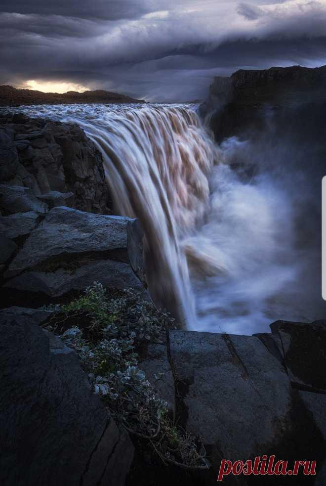 Landscape & Nature Photography Dettifoss, Iceland - by Daniel Fleischhacker