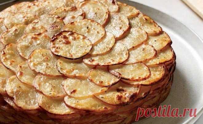 Запеченный картофель «Буланжер». Этот французский рецепт удивительно прост! Никаких сомнений, это лучший способ приготовить обычный картофель!