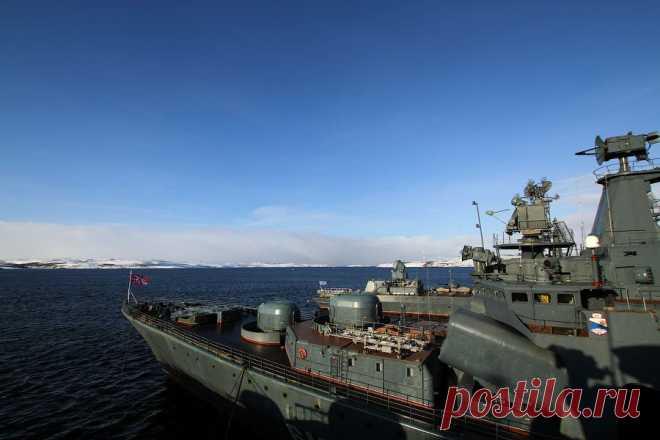 Один день на боевом корабле Северного флота России | ФОТО НОВОСТИ
