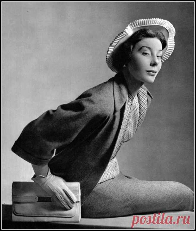 Bettina, photo by Pottier, 1949