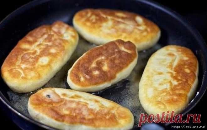 Быстрые пирожки на кефире с яйцом и зеленым луком