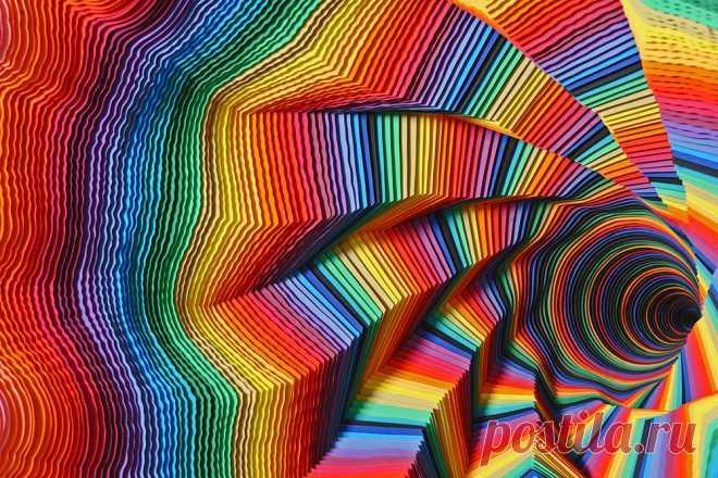 Радужные спирали из слоеной бумаги - BADBEE.RU