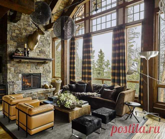 Горный дом в Монтане в другом облике Как-то мы рассказывали об уютном горном доме в штате Монтана, нарядно оформленном под Рождество. Так вот, мы нашли фотографии этого чудо-коттеджа в «обычном» повседневном облике, если так можно сказат...