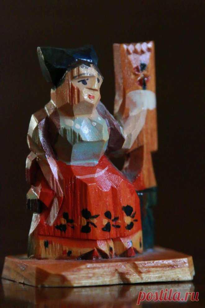 Деревянная сергиевопосадская игрушка