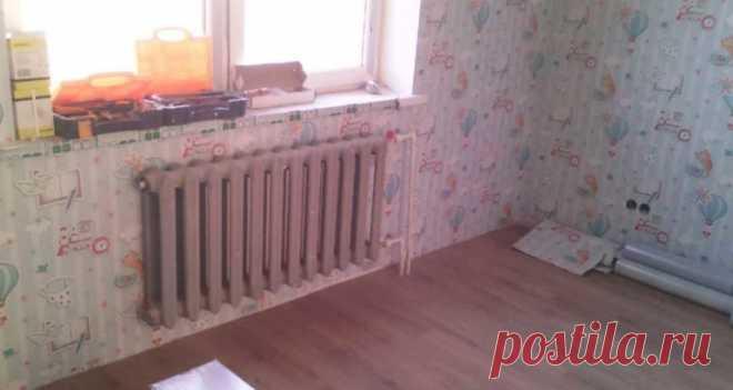 Как поклеить обои за радиаторами и стояками отопления