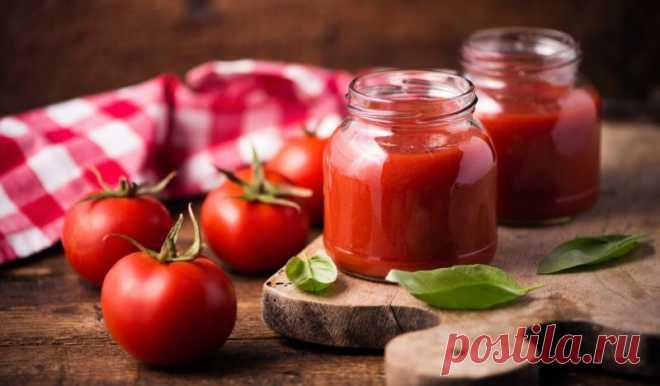 Универсальный томатный соус на зиму - Лайфхакер