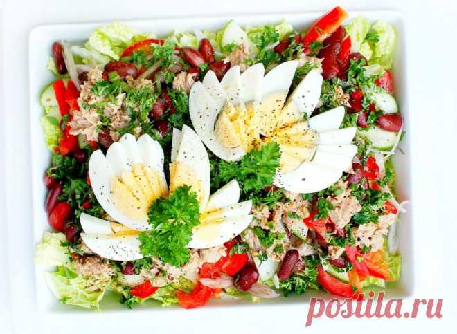 Салат с консервированным тунцом и пекинской капустой