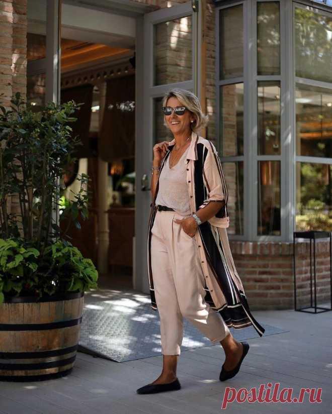Как этим летом носят платья-рубашки в Европе и почему нам стоит перенять модный тренд | Модная лаборатория | Яндекс Дзен