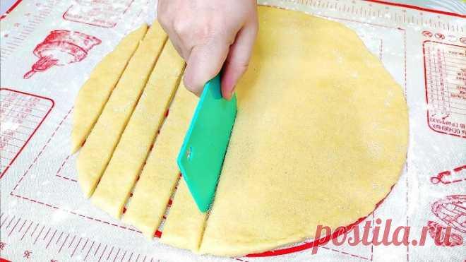 1 Стакан кефира и через 10 минут вкуснятина на столе! Готовьте сразу пару порций!
