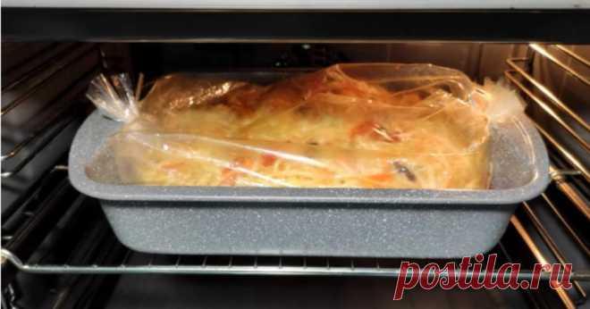 Капусту не тушу і не смажу: готую по-ледачому в пакеті і отримую смачну і нежирну страву Тушковані овочі з квасолею – це дуже ситна і смачна страва, яка буде ще і корисною, адже для її приготування, немає необхідності використовувати велику кількість соняшникової олії. Інгредієнти: капуста, 800 г морква, цибуля і солодкий перець, по 1 шт квасоля, 240 г паприка, сіль, перець, зелень Приготування: Капусту тонко шаткуємо, цибулю ріжемо тонкими півкільцями, моркву…
