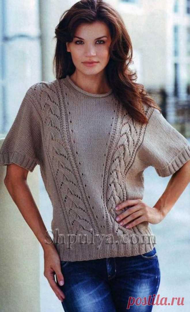 Короткий пуловер с ажурной центральной вставкой