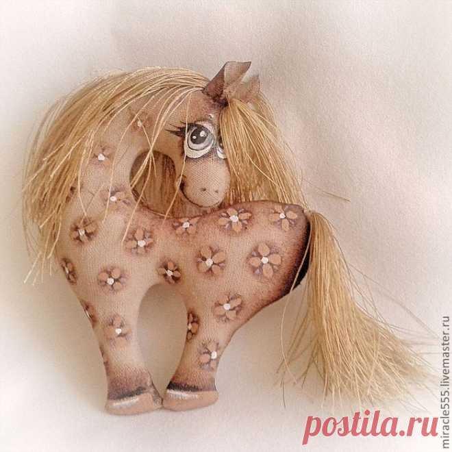 Гламурная кофейная лошадка к Новому году. Шьем текстильную игрушку