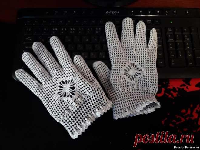 Ажурные перчатки крючком. | Вязаные крючком аксессуары
