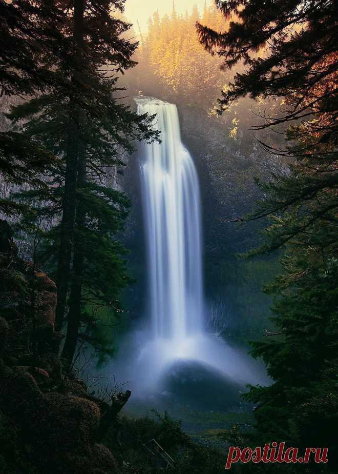 """coiour-my-world: """"Salt Creek Falls, Willamette Pass ~ @vincentjamesphotography """""""