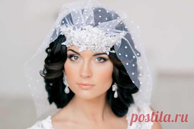 Свадебные Прически на Короткие Волосы с Фатой, Диадемой Или Цветами