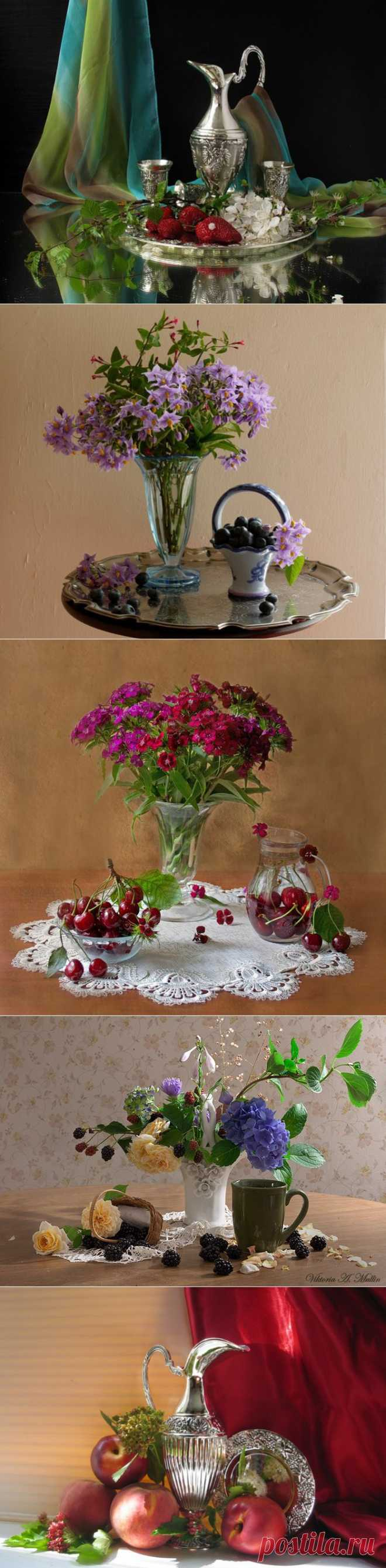 Натюрморты цветочно-ягодные.