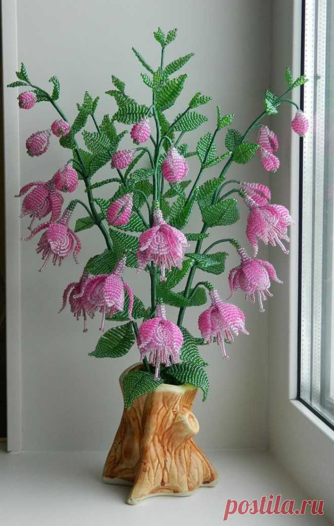 Как сделать цветок из бисера своими руками видео