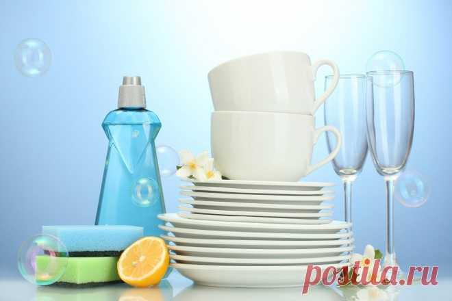 Разбавляем жидкость для мытья посуды: густеет и дешевеет