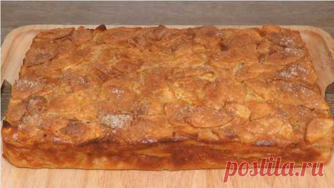 Самый классный яблочный пирог: много яблок и мало теста — Лепрекон