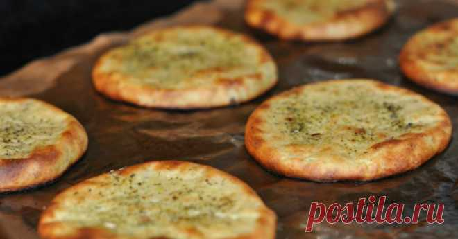 Бездрожжевые картофельные лепешки по-фински: устоять невозможно!   Картофельные лепешки по-фински при всей своей незамысловатости — вкусное, сытное, легкое в приготовлении блюдо. Данный рецепт понравится многим хозяюшкам, набор продуктов порадует приверженцев вегет…