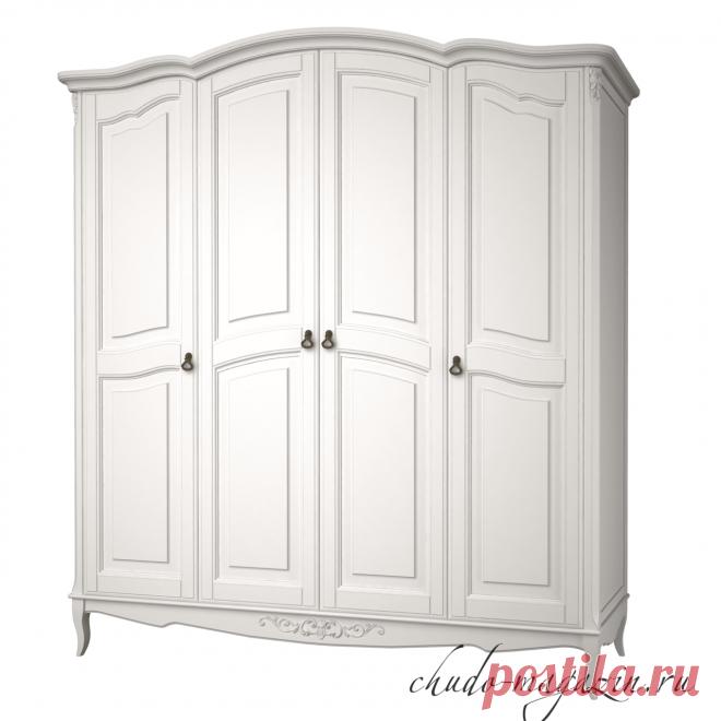 Распашной шкаф 4-х дверный из массива
