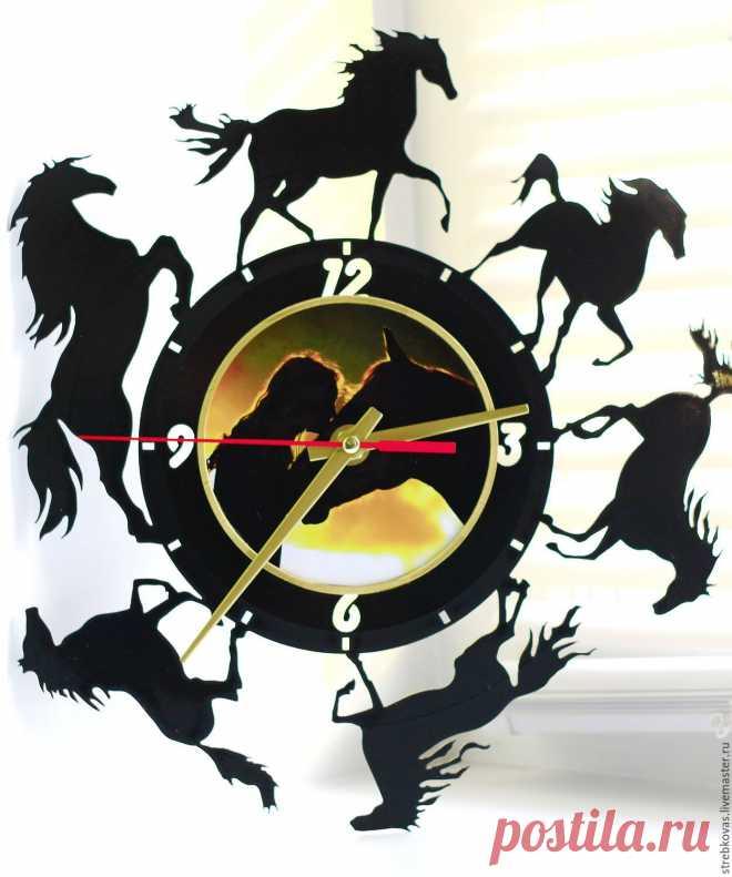 Настенные часы Лошади – купить в интернет-магазине на Ярмарке Мастеров с доставкой Настенные часы Лошади - купить или заказать в интернет-магазине на Ярмарке Мастеров | Часы