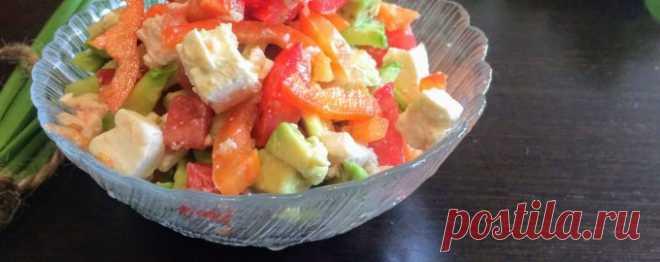 Салат с авокадо и курицей - Диетический рецепт ПП с фото и видео - Калорийность БЖУ
