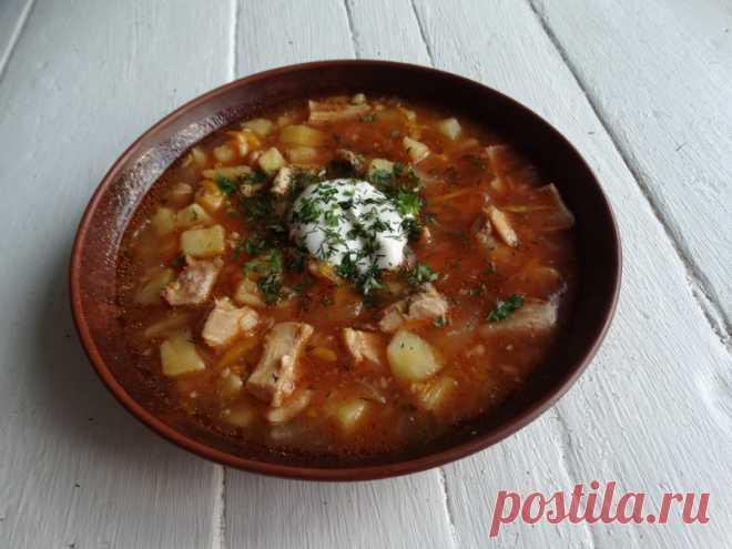 «Пражский» чесночный суп – шикарный и ароматный. А главное, как говорится: «все гениальное -просто» - Пир во время езды Мне даже не с чем сравнить этот чесночный суп. Он уникальный. Так пахнет, что аппетит разыгрывается с появлением первых ноток чеснока. А потом сложно остановиться, чтобы не побаловать себя добавкой. Я начала готовить этот суп очень и очень давно, с подачи одной знакомой. Но когда была в Праге, наконец-то попробовала в одном семейном ресторанчике настоящий […]
