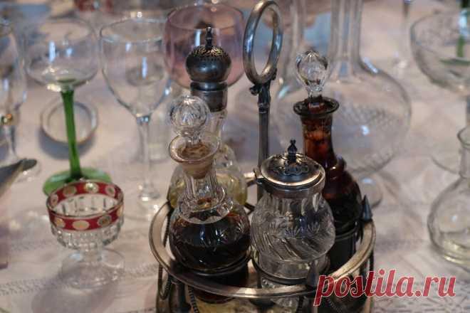 Икеевская чашка и другие необычные предметы на столе в доме 19 века: побывала в крутом музее в Костроме | Соло-путешествия | Яндекс Дзен