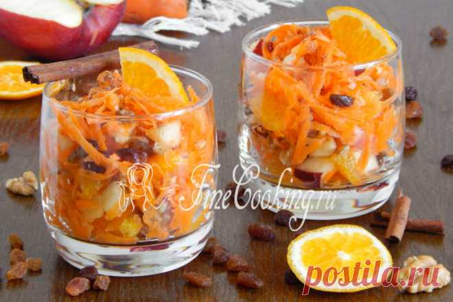 Sweet carrots, apple and orange salad I suggest to make tasty, juicy, useful and fast sweet carrots, apple and orange salad Today.