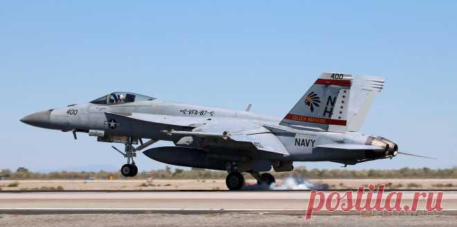 Фото McDonnell Douglas FA-18 (16-8910) - FlightAware