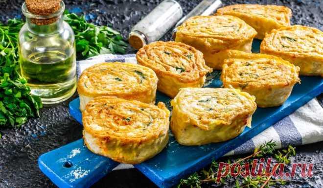 Жареные рулетики из лаваша с курицей и плавленым сыром
