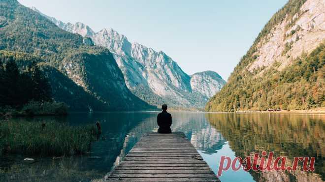Лучший способ избежать стресса — избавиться от раздражающего источника. Давайте честно, в жизни далеко не всегда получается это сделать. Но и кипятить в себе «котелок злости» — не лучший выбор, однажды он взорвется. В этой статье Лариса Парфентьева (Larisa Parfentieva) собрала несколько упражнений, которые помогут вам успокоиться в моменты раздражения.